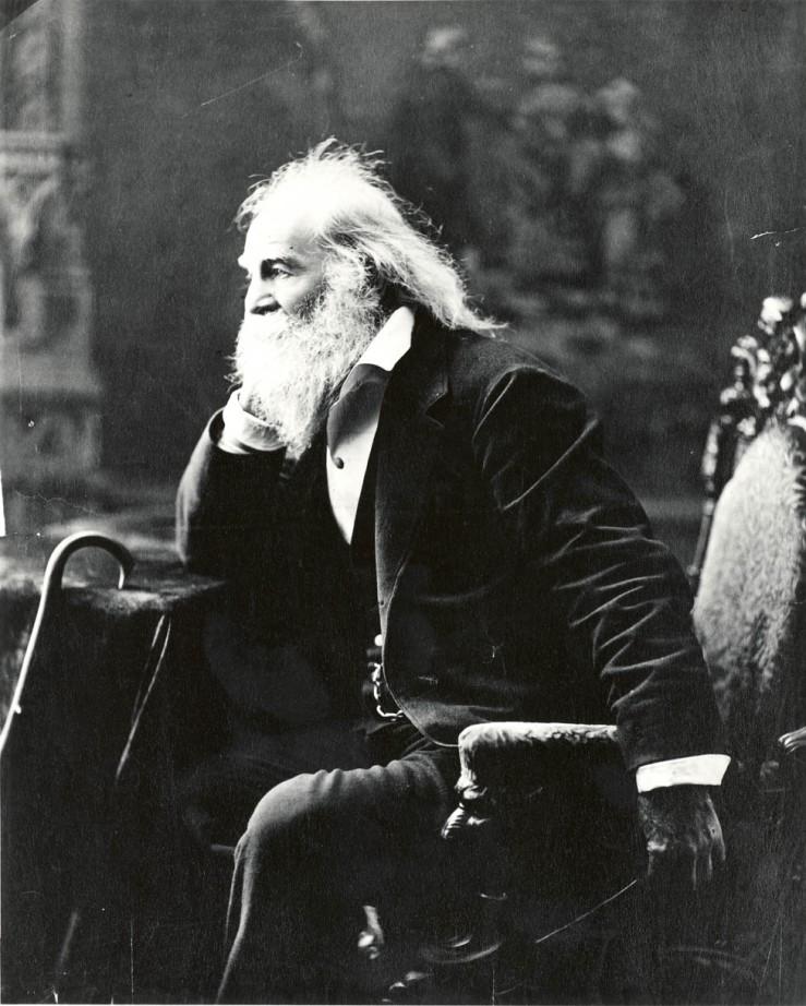 Walt Whitman - Date: Boston, 1881. Foto por: Bartlett F. Kenny Cortesía Biblioteca del Congreso de Washington. Licencia Creative Commons Attribution-NonCommercial-ShareAlike 3.0 Unported