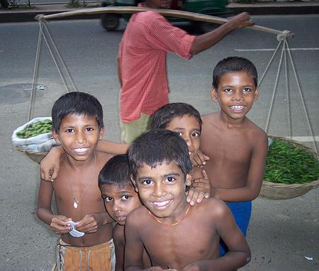 Niños de la calle - Dhaka, Bangladesh