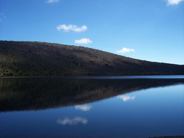 Laguna en el Monte Kenya - 2007