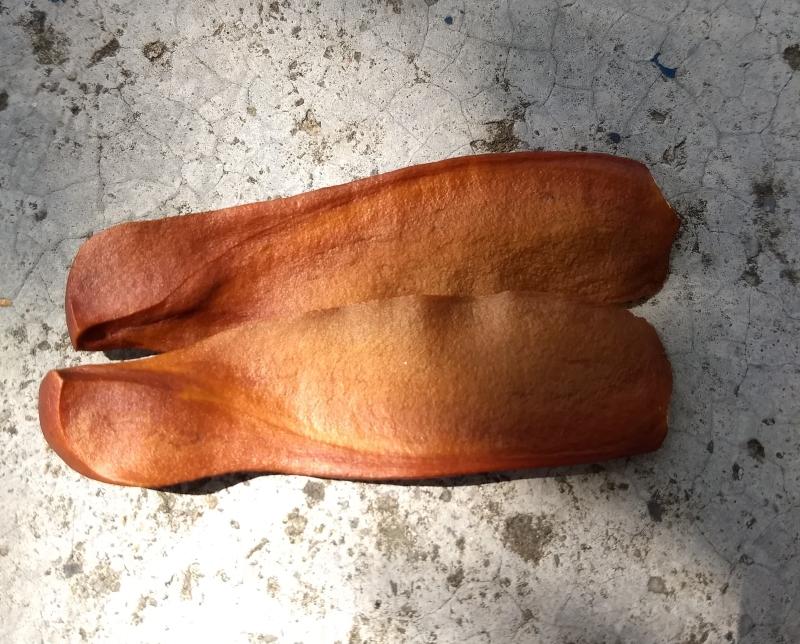 Dos semillas de caoba